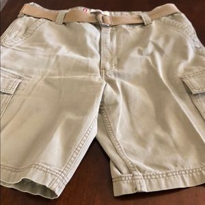 Men's Levi's light brown cargo 36""
